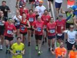 Fermín Cacho con Abel Antón en el maratón de Sevilla