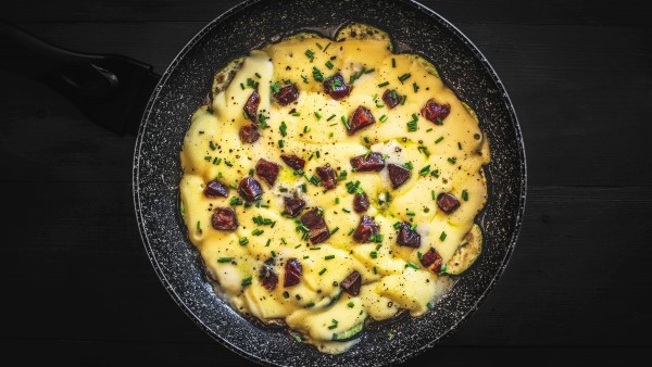 Sartenada de calabacín con queso y jamón