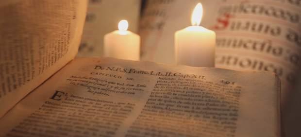 La plataforma contra el 2 de enero reivindica el recuerdo de la quema de libros de 1503 en Bib-Rambla