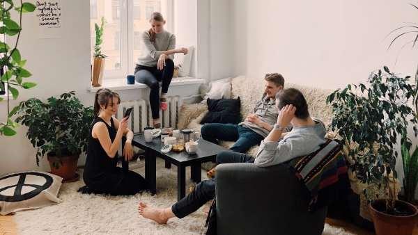 Compartir piso alquiler vivienda amigos