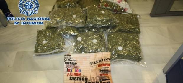 Sucesos.- Cae un grupo organizado asentado en Granada dedicado a exportar marihuana a Europa