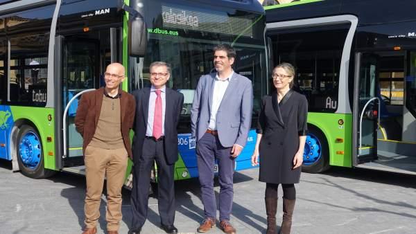 Presentación nuevos autobuses de Dbus