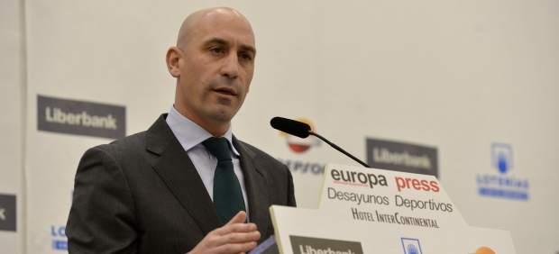 Rubiales anuncia una Supercopa 'Final Four' y un departamento contra la homofobia
