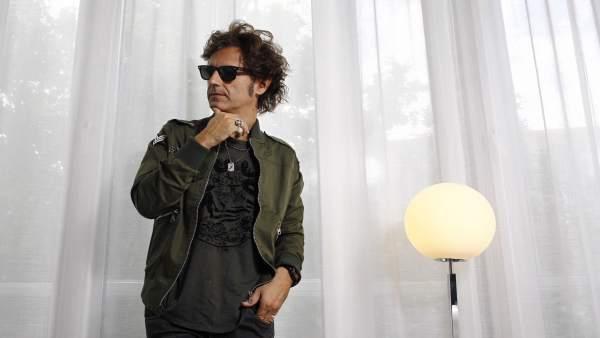 El cantante Coti