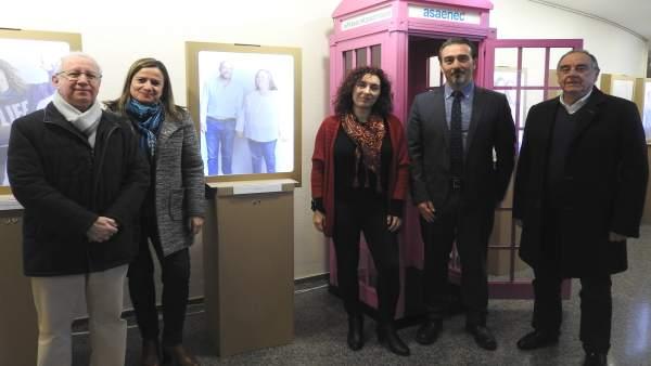 Responsables de Fundación Cajasur y Asaenec en la exposición