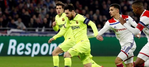 Al Barça le falla la puntería en Lyon, el Camp Nou decidirá