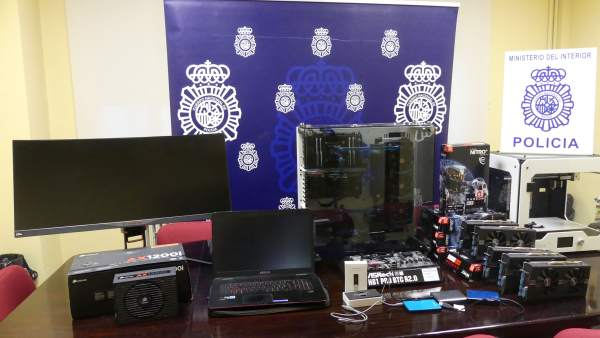 Detenidas siete personas por comprar dinero falso en una imprenta clandestina en