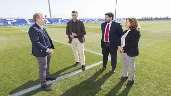 El Presidente De La Comunidad, Fernando López M Iras, Visita Las Instalaciones D