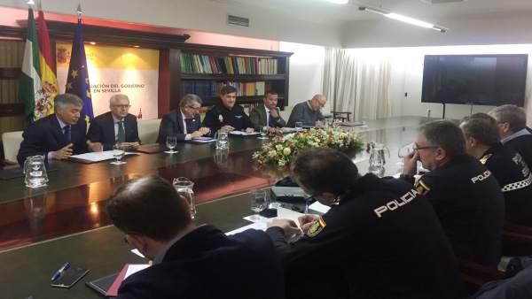 Reunión de coordinación para la seguridad del partido Real Betis-Rennes de este