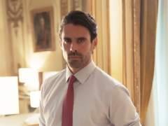 Emmanuel Esparza es Alberto Guzmán, en 'Secretos de Estado'.