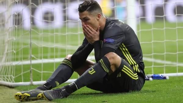 Cristiano Ronaldo se lamenta de una ocasión fallada en el Atlético vs. Juve.