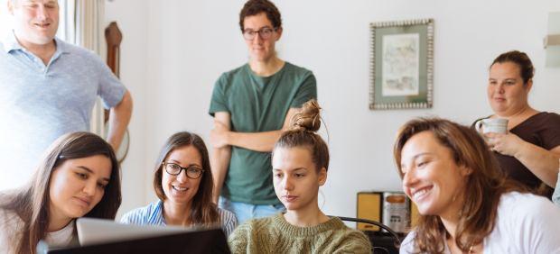 jóvenes alquiler piso estudiantes