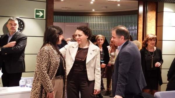 Esther Gutiérrez y Juan Pedro León en la Sectorial de Empleo