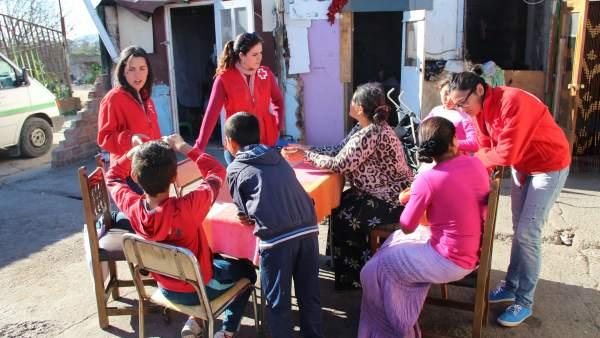 Jóvenes voluntarios de Cruz Roja