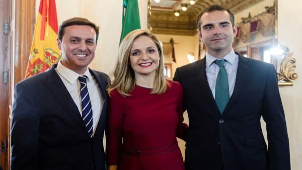El presidente de la Diputación, la delegada de la Junta y el alcalde de Almería
