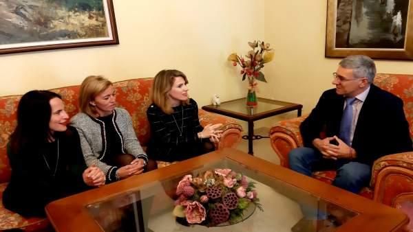 Ana Mestre en visita institucional al Ayuntamiento de Castellar