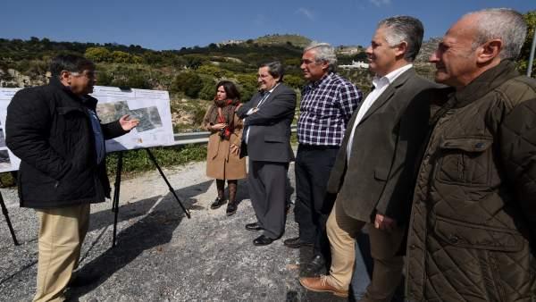 La Diputación mejora la conexión de Lentegí con la Carretera de la Cabra