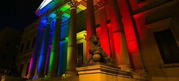 La Puerta de los Leones, en la semana del Orgullo.