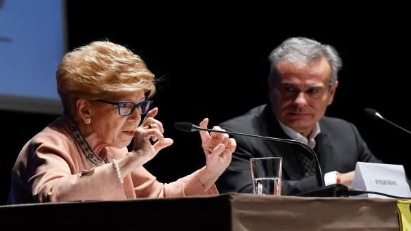 Pilar Urbano, en el Foro España a Debate de Tomares (Sevilla)