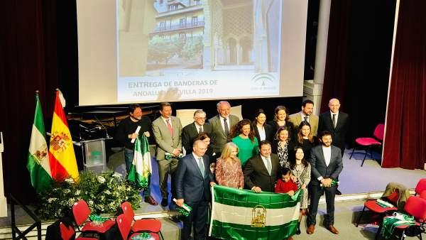 Acto de entrega de los galardones Bandera de Andalucía en la provincia de Sevill