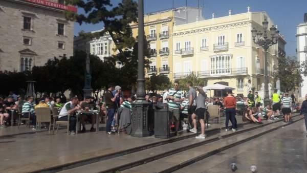 Aficionados del Celtic en el centro de València