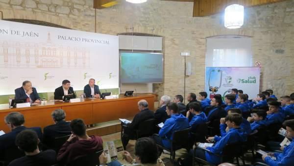 Acto del Club Salud de la RFAF en el Aula de Cultura de la Diputación de Jaén