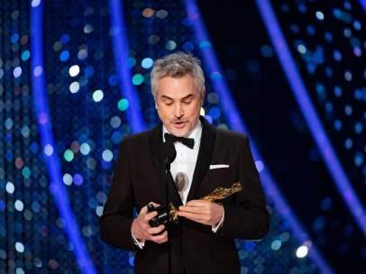 Alfonso Cuarón, con uno de sus Oscar