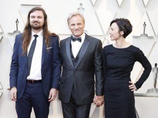 Henry Mortensen, Viggo Mortensen y Ariadna Gil