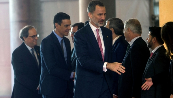Felipe VI, Sánchez y Torra