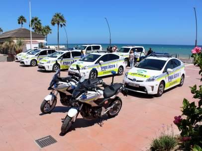 Policía Local Estepona. Motos, coches.