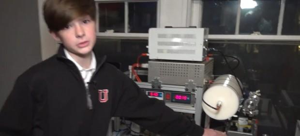niño 14 años crea reactor nuclear