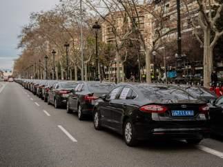 Conductores de VTC concentrados en la avenida Diagonal de Barcelona (Archivo)