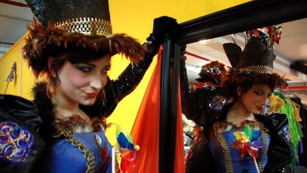 L'actriu Alba Sarraute, caracteritzada com la reina Belluga, al Carnaval del 2016.