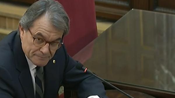 Artur Mas admite reuniones con acusados sobre el 1-O