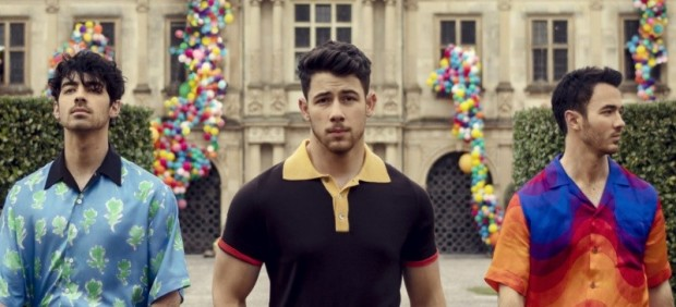 Los Jonas Brothers anuncian su regreso