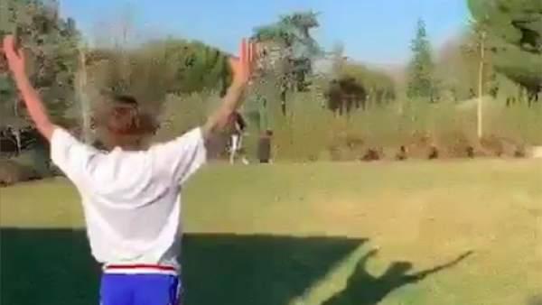 Griezmann se prueba en el fútbol americano