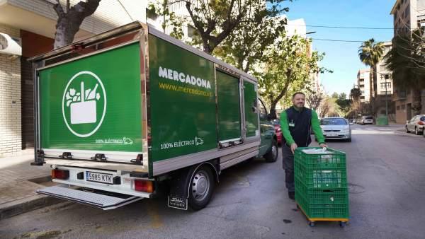 Mercadona refuerza su compromiso con el transporte sostenible para sus repartos