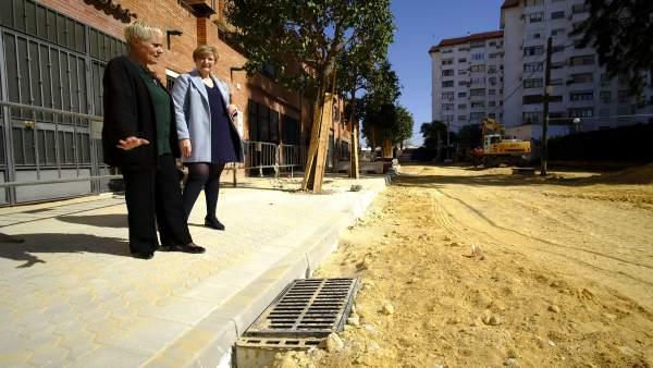 Inmaculada Acevedo visita obras en Santa Clara