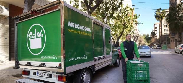 Camión de reparto de Mercadona