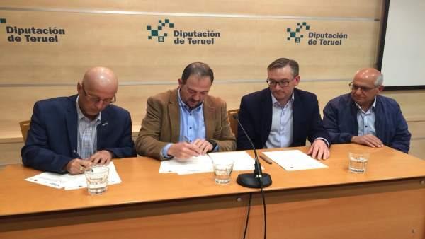 Diputación de Teruel y Comarca del Bajo Aragón suscriben un acuerdo para el mant