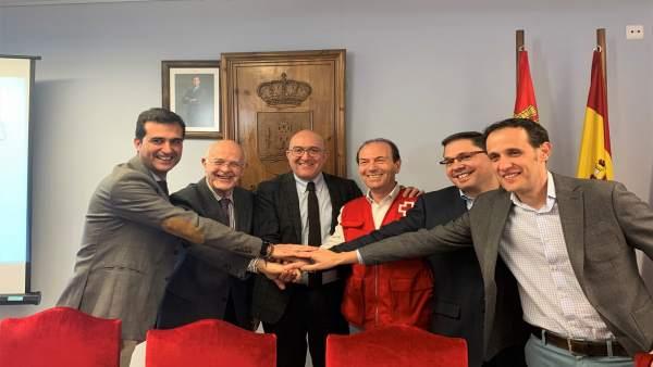 Renovación del convenio de la Diputación con Cáritas, Cruz Roja y Banco de Alime