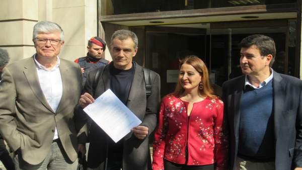Cs lleva a Fiscalía el pago de la hipoteca de entidades valencianas desde el Gov