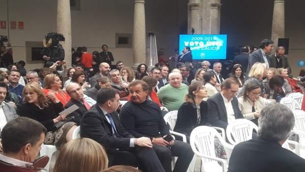 Javier Guerra reaparece en el acto de aniversario de la victoria de Feijóo y Cs