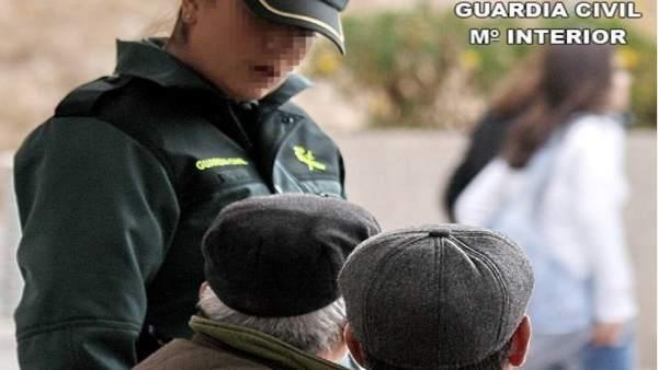 Tres detenidos por cometer delitos sobre ancianos