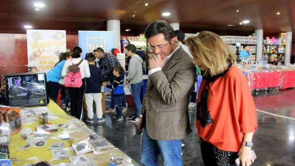 El Teatro Auditorio de El Ejido acoge 'XpoBit El Ejido' que reunirá a 3.000 juga