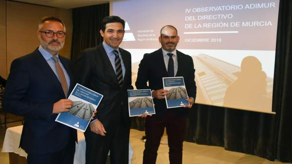 Antonio López, presidente de Adimur, junto a Santiago Arias y Bartolomé Benítez,