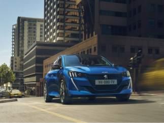 Peugeot llega al Salón de Ginebra con un stand 100% electrificado.