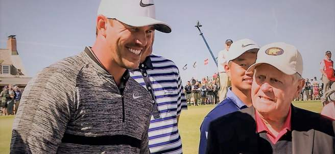 Jack Nicklaus junto a Brooks Koepka