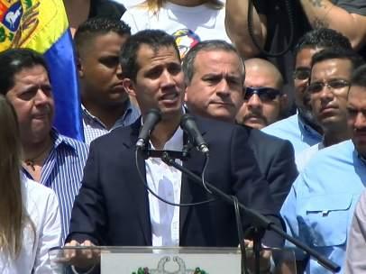 Guaidó anunciando la reunión con los sindicatos de este martes.