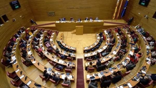 EL DOGV i el BOE publiquen la reforma de l'Estatut, entrant així en vigor